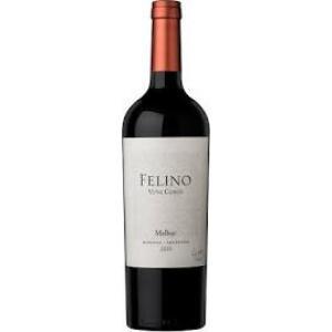 Malbec Vina Cobos Felino 2015 bottle